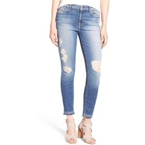 7 for All Mankind Ankle Skinny Distressed - Short